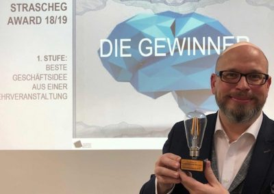 Erik A. Leonavicius gewinnt den Strascheg Award for Excellence in Entrepreneuship Education - Referenz - Innovation - REINVENTIS - Innovationsagentur - München
