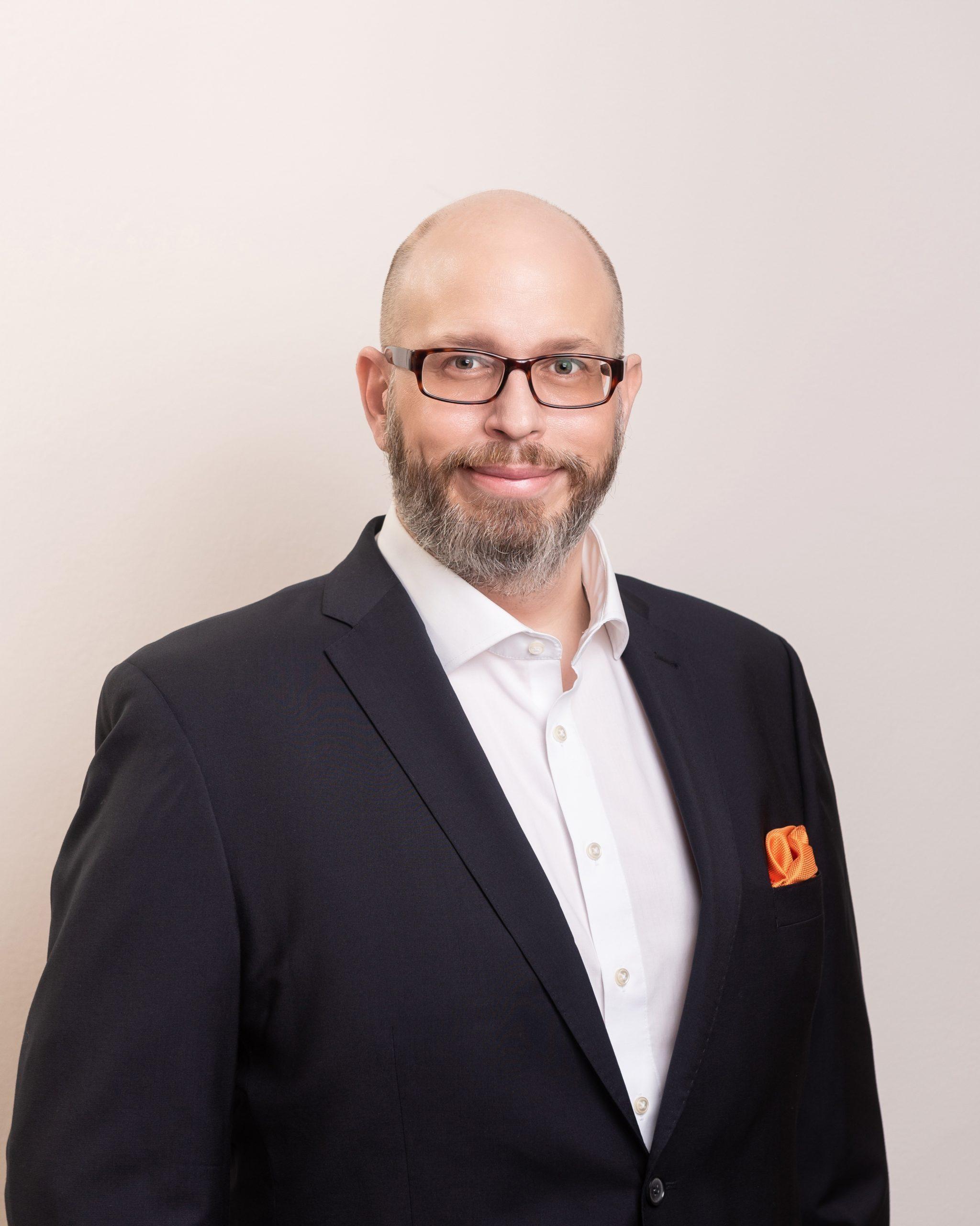 Innovationsexperte für agile Innovation - Erik A. Leonavicius - REINVENTIS - Innovationsagentur - München